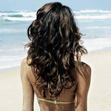 como-cuidar-dos-cabelos-no-verão